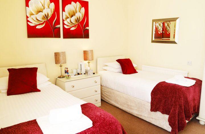 Room #12 – Twin Room en-suite